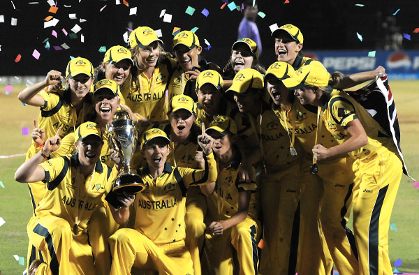 Australian women's cricket team lifting World Cup Trophy for the 6th Time